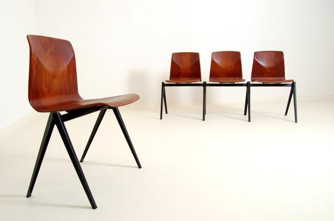Attirant In The Manner Of Friso Kramer Set Of 6 Chairs, For Pagholz Very Good  Condition.