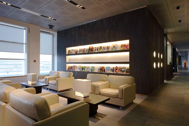 floor to ceiling kitchen cabinet ideas - Jet Airways Lounge Schneider Colao Studio & Gallery